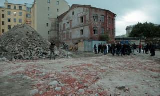 Вячеслав Макаров поддержал требования жителей об остановке строительства жилого дома в Петроградском районе