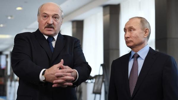 Фото Владимира Путина и Александра Лукашенко сломало людей. Обувь президента РФ на снимке не даёт им покоя