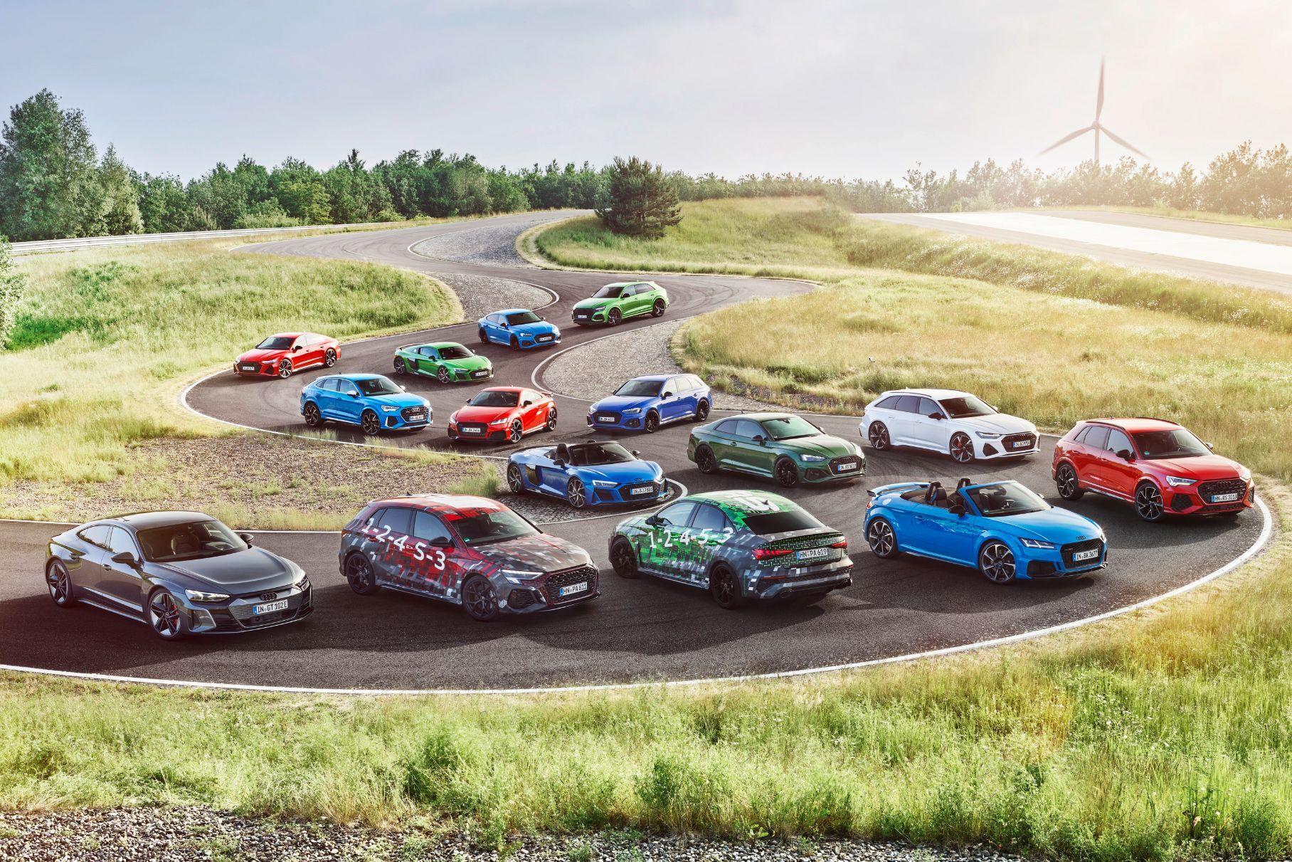Audi RS3 нового поколения показали на видео. Это первый публичный дебют будущей модели