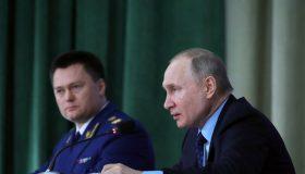 Итоги месяца: налоговый прогресс Путина, лучшие антикоррупционеры Краснова и невидимые олигархи Пескова