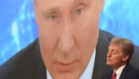 Доброта ФСИН и бесстрашие Путина: Кремль отреагировал на арест Навального