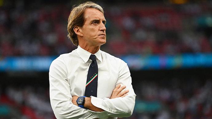 Экс-тренер «Сассуоло»: «Слова Дзюбы о Манчини? Роберто выиграл чемпионат Европы, попробуйте повторить»