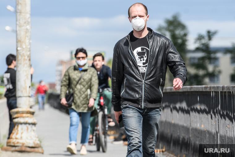 Коронавирус: последние новости 18 мая. Рост заболеваемости в России остановлен, 27 регионов готовы ослабить карантин