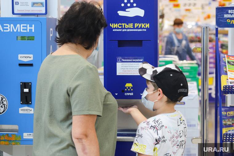 Коронавирус: последние новости 22 июня. Названа дата открытия российских курортов, раскрыто влияние COVID-19 на психику