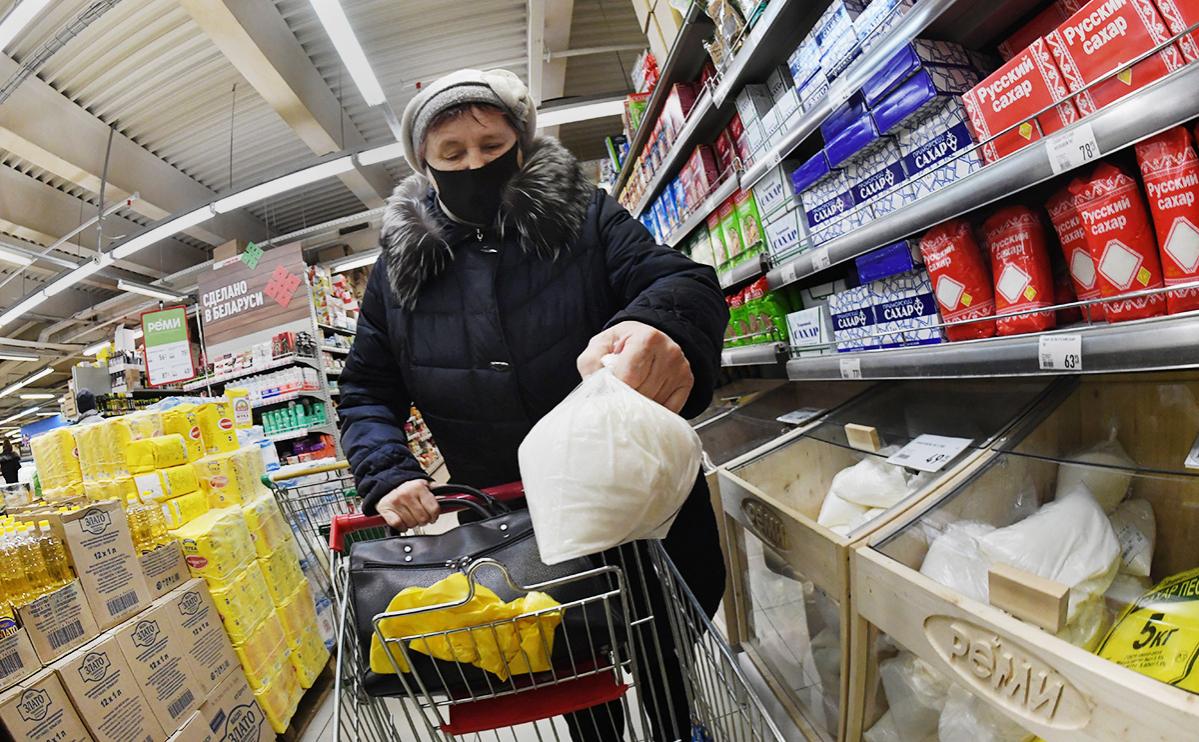 Торговые сети исключили дефицит сахара после заявлений двух министерств