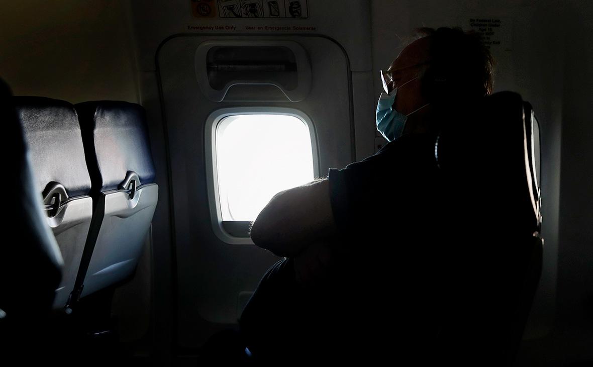 В США оценили риск заразиться COVID-19 в самолете