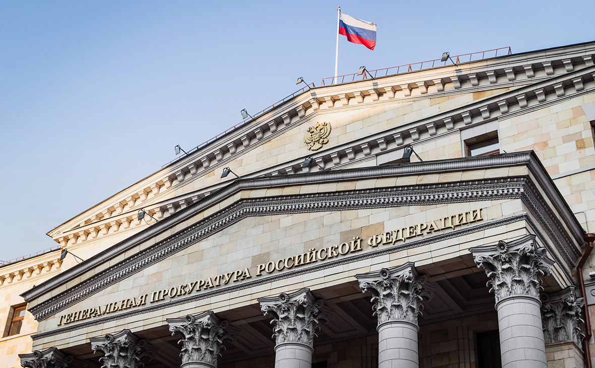Власти начали проверки после падения детей с эскалатора в ТЦ в Москве