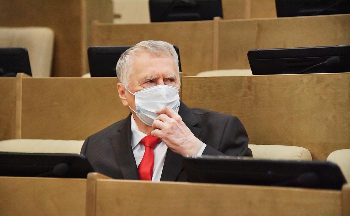 Жириновский предложил запретить выезд из России из-за вспышки COVID-19