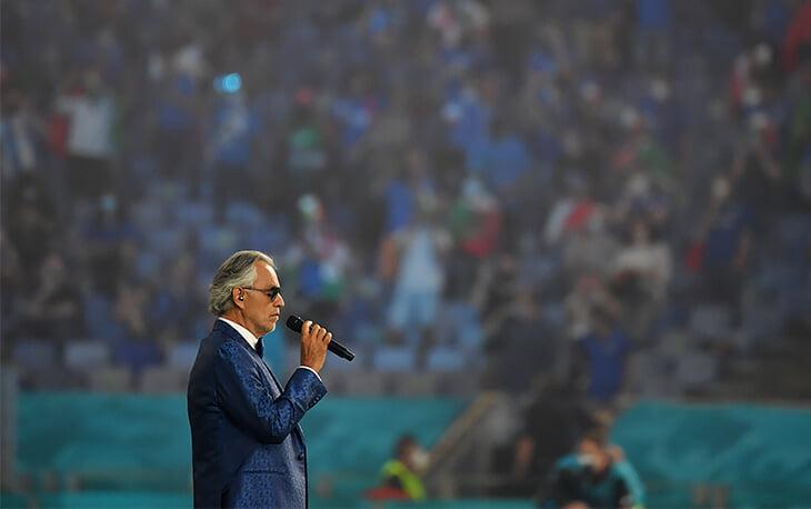 Андреа Бочелли спел арию Nessun dorma на церемонии открытия Евро в Риме