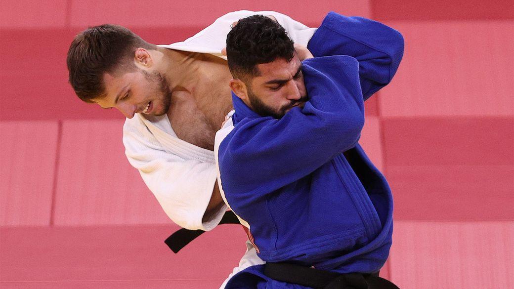 Алжирского дзюдоиста, отказавшегося бороться с израильтянином на Олимпиаде, дисквалифицировали на 10 лет