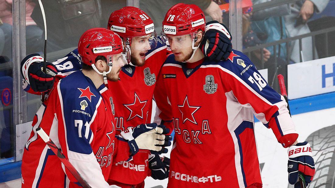 ЦСКА снова теряет ударное звено – останется только Окулов. Шалунов ждет ответа «Чикаго», Мамин уезжает в НХЛ