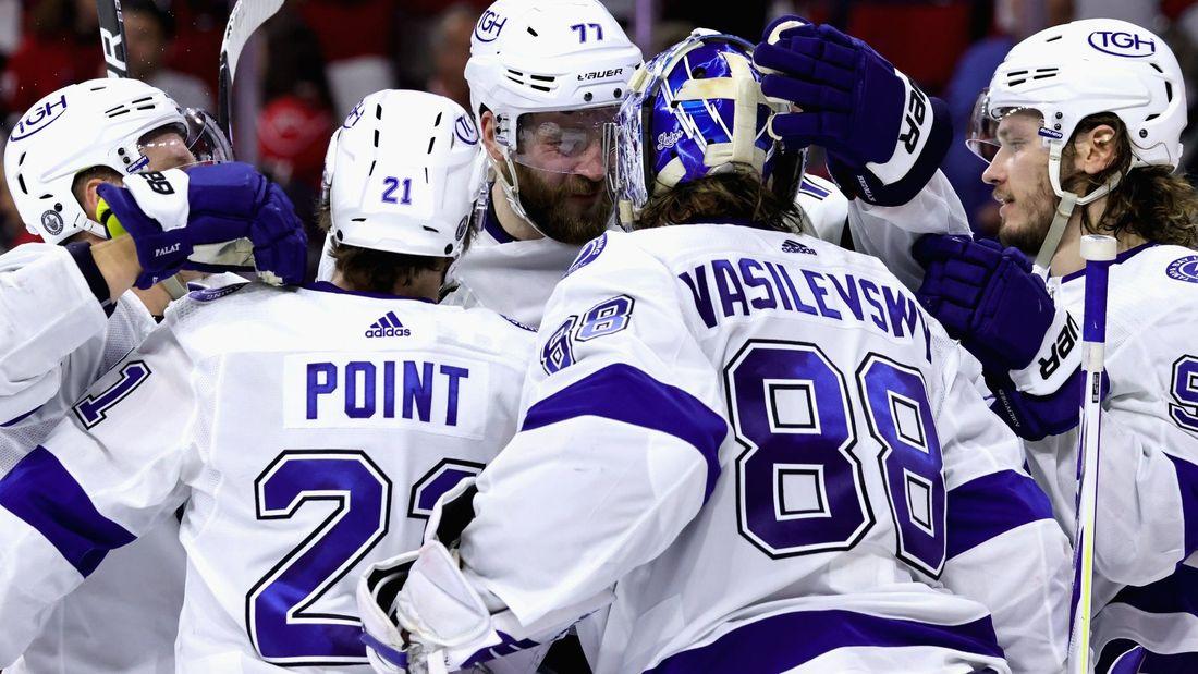 Русские герои хоккейной Америки! У Василевского сухарь, Кучеров догнал Дацюка, «Тампа» в двух шагах от чемпионства