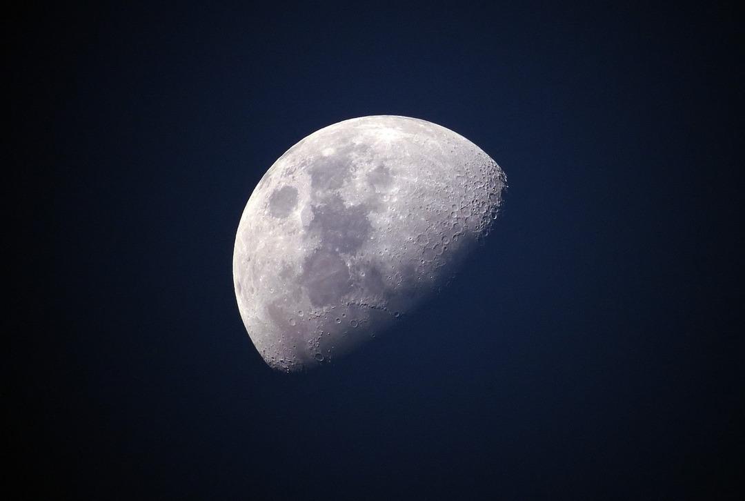 На Луне построят сеть 4G