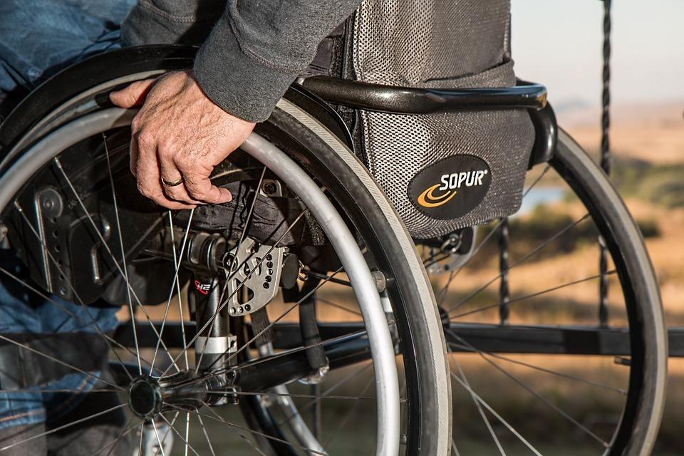 Путин поручил придумать, как обеспечить инвалидов жильём