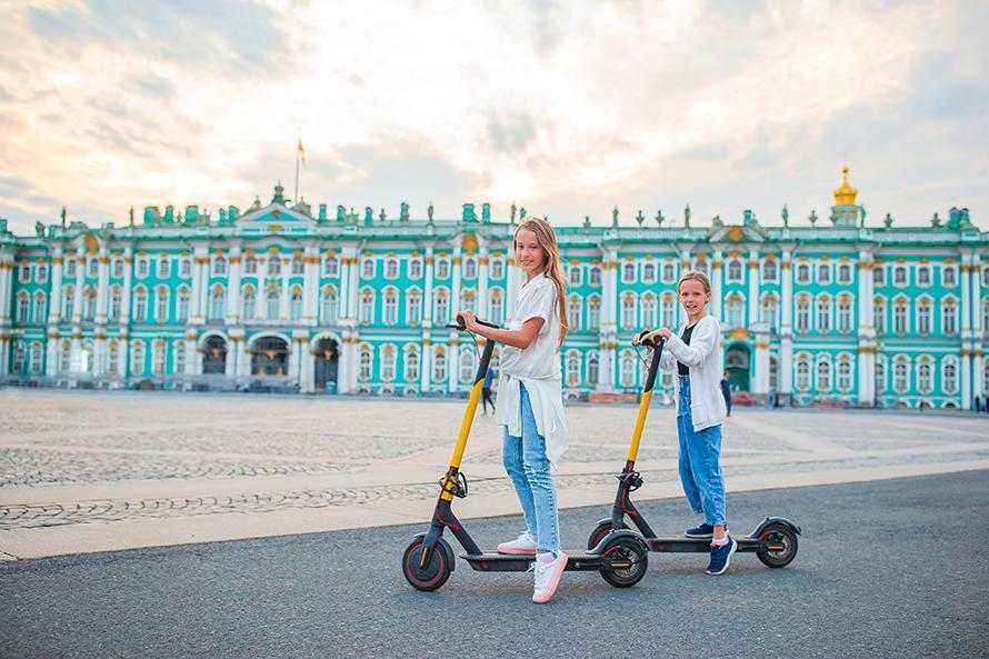 В Петербурге ужесточили правила для электросамокатов на фоне уголовных дел