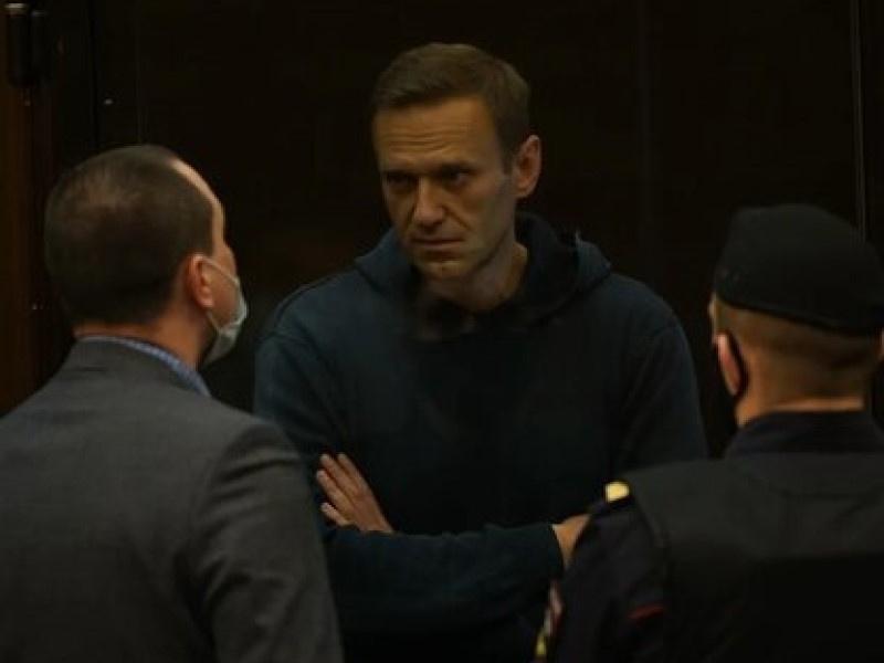 США и Великобритания осудили объявление структур Навального 'экстремистскими'