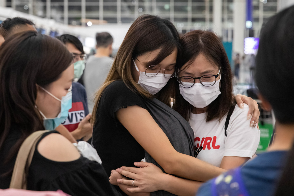 Китайские власти запретили подросткам вести прямые эфиры и делать из себя звезд