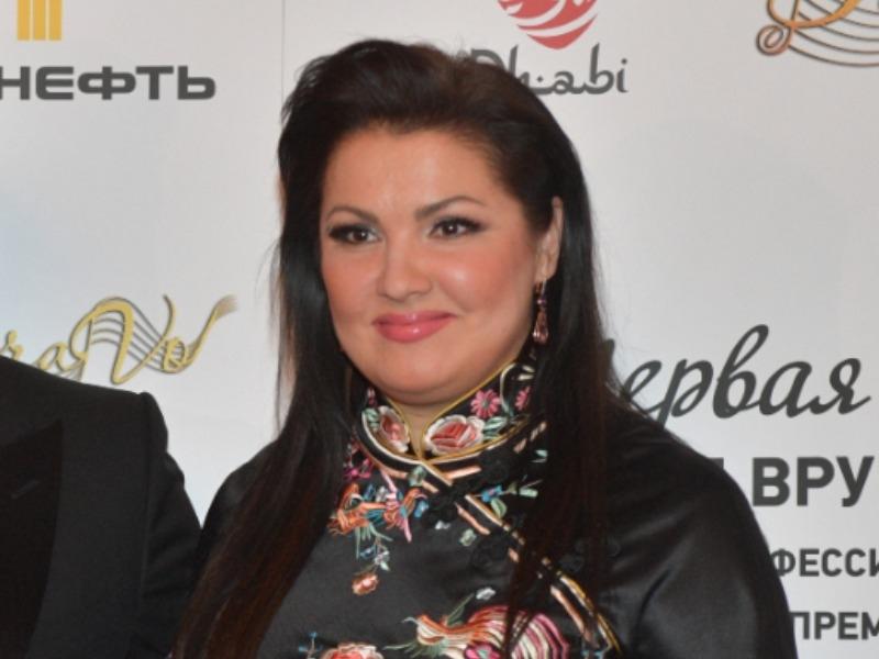 Анна Нетребко сообщила о госпитализации из-за коронавируса накануне дня рождения
