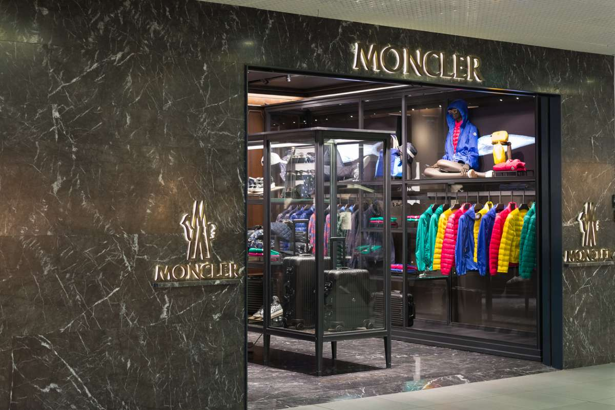 Moncler купит Stone Island за $1,39 млрд