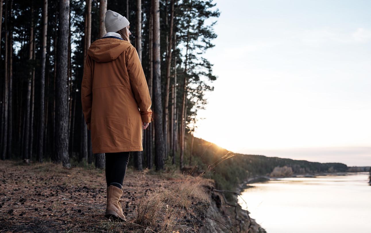 Прогулки в лесу помогают справляться со стрессом и улучшают психическое здоровье, выяснили японские ученые
