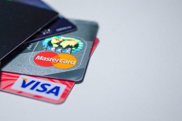 ЦБ решил дать россиянам возможность блокировать онлайн-операции по счетам