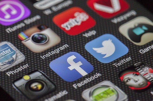 Facebook и Instagram восстановили работу после глобальных сбоев